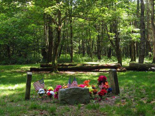 Shelton Graves / Memorial
